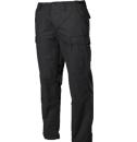 Fekete zsebes nadrágok